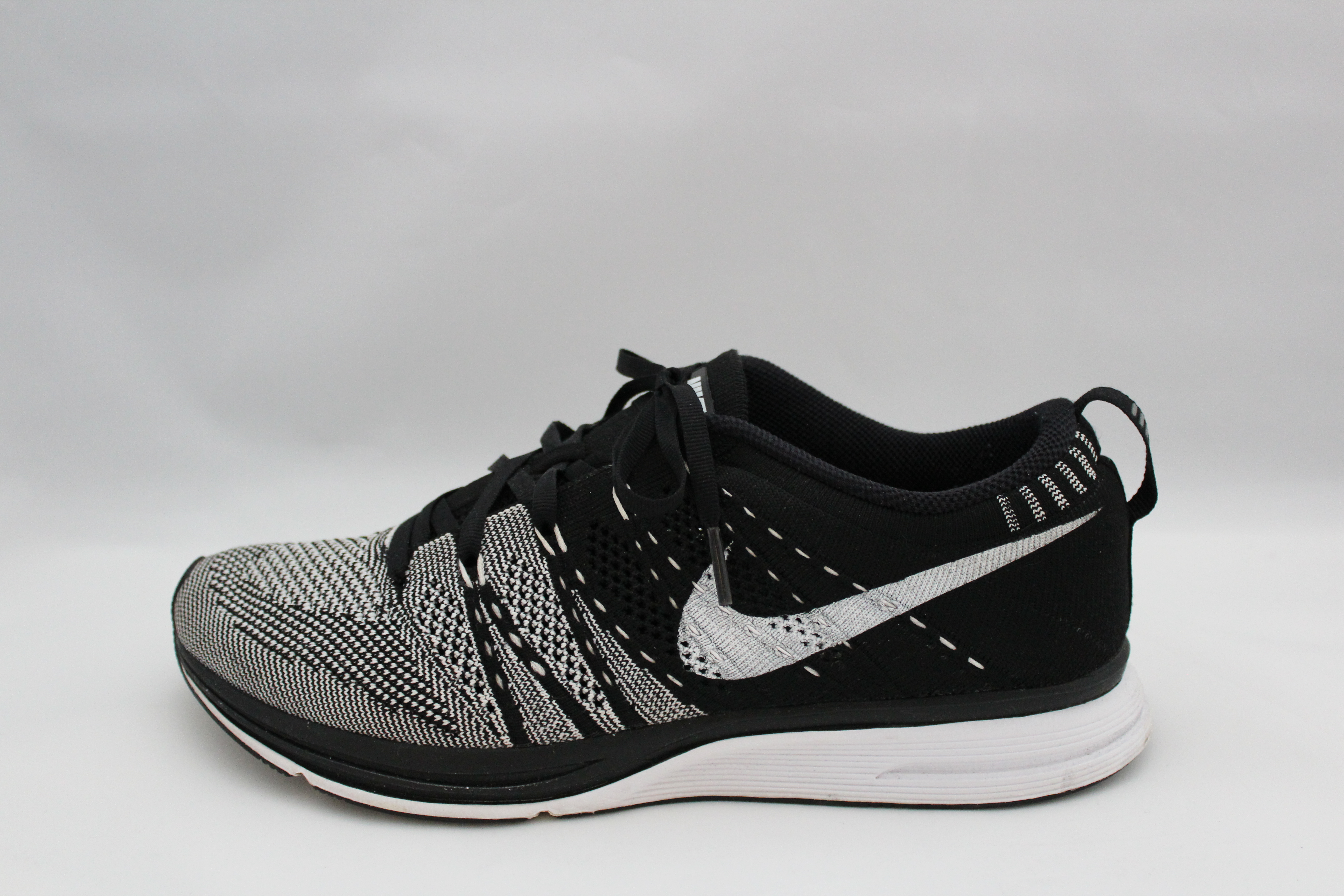 """16488d00f04d NIKE FLYKNIT PADDED TRAINER """"YEKNIT"""" – SIZE 7.5 – 9 10 CONDITION SOLD"""
